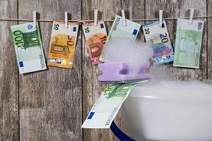 Geldwäsche, Betrügereien und Skandale